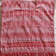 Belleza en rojo, telar de cintura de Tanetze de Zaragoza#Oaxaca #oaxacaysuscolores #amolaropatipica #artesaniasmexicanas #textiles #textilesdesign #huipil #mexicanblouse #ropatipica #consumelocal #mexicandesign #mexicanbrand #mexicocreativo #ideartemexico #manosmexicanas #hechopormexicanos #traditional #artisan #artesanal #bordados #embroidery #handmade #madeinmexico #oaxacaestademoda #mexicoestademoda