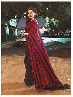 Fancy Blouse Designs, Saree Blouse Designs, Dress Indian Style, Indian Dresses, Beautiful Saree, Beautiful Dresses, Indian Wedding Gowns, Saree Wearing, Sari Design