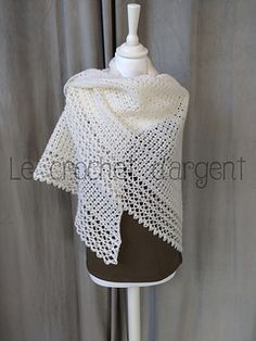 Ravelry: White Bird Shawl pattern by Le Crochet d'Argent