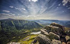 Download wallpapers Le Gite-du-Mont-Albert, mountain valley, mountain landscape, river, forest, summer, Quebec, Canada