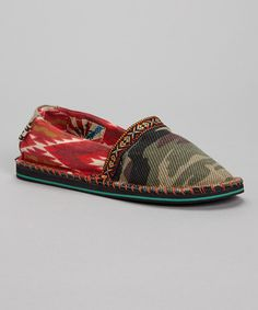 This TigerBear Republik Green Camo Hicky Hicky Slip-On Shoe - Women by TigerBear Republik is perfect! Cute Casual Shoes, Geometric Heart, Tunic Leggings, Slip On Shoes, Women's Shoes, Toddler Girl, Calves, Camo, Espadrilles