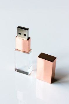 USB Flash Drive Rose Gold by MacchinaWorkshop on Etsy drive Your place to buy and sell all things handmade Usb Drive, Usb Flash Drive, Rose Gold Aesthetic, Cool School Supplies, Office Supplies, Gold Everything, Rose Gold Decor, Gold Rooms, Usb Stick