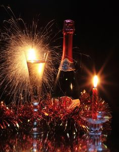 New Years Eve Champagne Christmas Tree Gif, Christmas And New Year, Christmas Time, Xmas, Happy New Year 2014, Happy New Year Everyone, New Year's Eve Celebrations, New Year Celebration, New Year Wallpaper