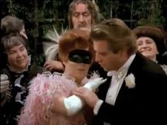 Gundula Janowitz - J. Strauss - Czardas (Die Fledermaus). Funny! Just the right amount of liveliness. If only I could bring a feather boa...