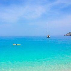 Greek dreams. Kefalonia Greece.  #travelawesome #places_wow #liveoutdoors  #awesome_earthpix #welivetoexplore #bestvacations #euvounajanela #thetravellersway  #destinocerto  #euvounajanela #beachesnresorts  #wonderfuldestination #missaovt  #earthlandscape  #thebestdestinations #ourplanetdaily  #earth_deluxe #greatesttravels #wonderful_places #vamospraonde #essemundoenosso #loucosporviagem #goproBR #kefalonia by thiago.lopez