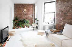 Looking to renovate your apartment and turn it into your dream home? Awkward layouts can be daunting, but thanks to websites like Sweeten, projects are easily a