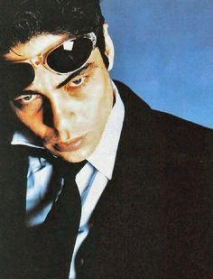Benicio Del Toro -  hauntingly handsome!