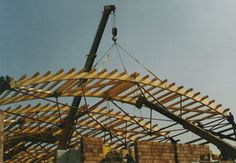Új tetőszerkezetek építését és meglévők felújítását egyaránt vállaljuk, munkánk magas színvonalát garantáljuk. http://egerkas.hu/tetoszerkezet.html