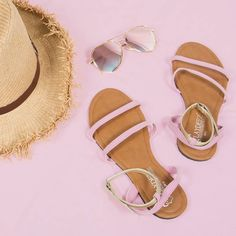 Hello weekend !  WTB a day out with ourvSpring it up sandal ?  Aaaaaand 1200/= only ! #shopnow #lovelaydeez #weekendvibes #shopping #onlineshopping #visitlaydeez #dayout #weekend #saturday #srilanka