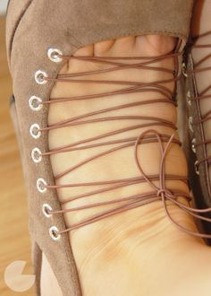 Huff post prom 2012 shoes   I can't tell if I like these or not, but they are very creative!!