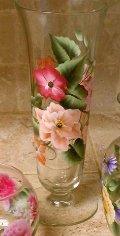 Thrift shop vase great way to turn a plain dollar store vase into a beautiful gift...