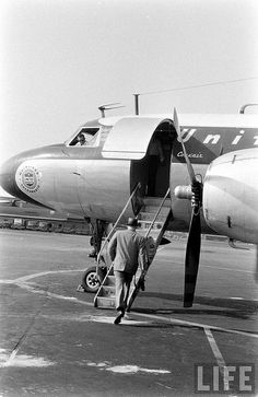 United Convair at Chicago Midway Airport, 1955. Untitled | Flickr - Photo Sharing!