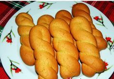 See related links to what you are looking for. Greek Sweets, Greek Desserts, Greek Recipes, My Recipes, Dessert Recipes, Greek Cookies, Biscotti Cookies, Pastry Cake, Easter Recipes