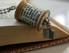 Book Jewelry : Read Jewelry / Bookworm Necklace Vintage Wooden Spool Dictionary Definition Necklace // Bookworm Likes to Read Librarian Wooden Spool Crafts, Wood Spool, Book Jewelry, Jewelry Crafts, Jewelry Making, Nerd Jewelry, Book Crafts, Diy Crafts, Upcycled Crafts