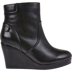 3cdb92bf8 Lacoste Women s Lazaret 4 Wedge Ankle Boot (€200) ❤ liked on Polyvore  featuring shoes