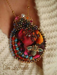 Dea Le Farfalle Jewellery bead embroidery