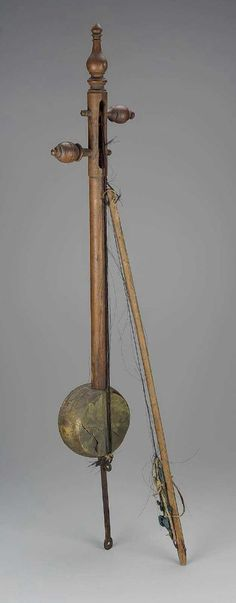 Fiddle (rababa) and bow , 19th century