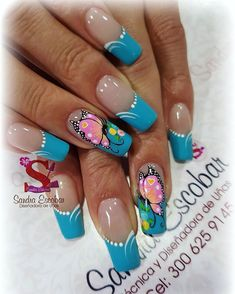 Love these nails😘😍😍 Butterfly Nail Designs, Butterfly Nail Art, Gel Nail Designs, Spring Nail Art, Spring Nails, French Nails, Exotic Nails, Finger Nail Art, Different Nail Designs