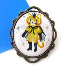 $6.50 Puss in Boots Kitty Cat Samurai Shiny Yellow Pin Brooch