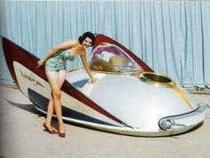 50's Space Age concept car