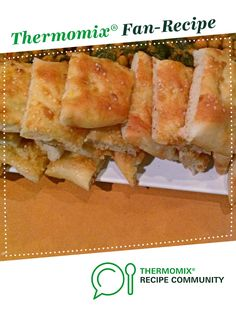 Recipe Turkish Bread/Focaccia by maritbynke, learn to make this recipe easily in your kitchen machine and discover other Thermomix recipes in Breads & rolls. Thermomix Bread, Thermomix Desserts, Foccacia Recipe, Quick Chicken Curry, Baking Flour, Dinner Rolls, Tray Bakes, Food And Drink