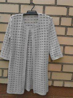 Discover thousands of images about Tina's handicraft : long crochet coat Pull Crochet, Gilet Crochet, Crochet Coat, Crochet Tunic, Crochet Clothes, Crochet Lace, Free Crochet, Crochet Jacket Pattern, Modern Crochet Patterns