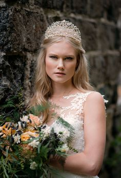 White One 2017 style photographed by Model: Reetta Lehtinen/Modelpoint Style and jewellery: Ninka Flowers: Penttala floral design Fashion 2017, Floral Design, Hair Accessories, Crown, Flowers, Model, Style, Jewelry, Swag