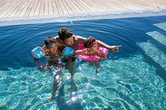 Descubre todos los productos de natación necesarios para darte un buen chapuzón en familia en decathlon.es #Swim #Deporte #Decathlon Decathlon, Bikinis, Swimwear, Swimming, Shopping, Products, Clothing, Swim, One Piece Swimsuits