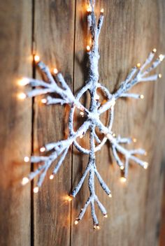 Lighted Snowflake with Flocked Branches
