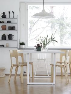 my scandinavian home Finnish interior by Time of the Aquarius Scandinavian Furniture, Scandinavian Interior, Style At Home, Kitchen Dinning Room, Dining Area, Country Furniture, Minimalist Interior, House Rooms, Home Fashion