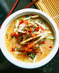 9. Thai Coconut Cabbage Soup #easy #healthy #recipes http://greatist.com/eat/easy-cabbage-recipes