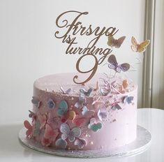 Ideas Flowers Birthday Cake For Girls Fondant Elegant Birthday Cakes, Pretty Birthday Cakes, Baby Birthday Cakes, Birthday Cakes For Women, Butterfly Birthday Cakes, Birthday Cake With Flowers, Fondant Butterfly, Fondant Flowers, Bolo Laura