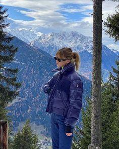 Winter Fits, Fall Winter, Mode Au Ski, Look Fashion, Winter Fashion, Fashion Outfits, Chalet Girl, Sport Outfit, Ski Season