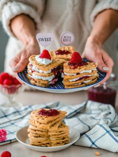 Great Recipes, Favorite Recipes, Sunday Breakfast, Love Is Sweet, Cheddar, Waffles, Special Occasion, Brunch, Meals