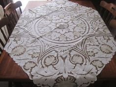 VINTAGE HAND EMBROIDERED MADEIRA TABLECLOTH WITH 6 NAPKINS | eBay