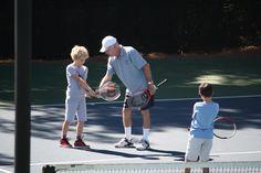 Youth tennis lessons at LCFCC  // La Cañada Flintridge Country Club