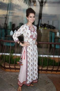 #Kangana Ranaut in a beautiful long kurti!