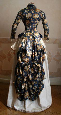 Velvet dress, 1886