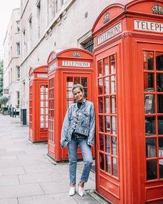 Hello London! ☎️ #lfw #coventgarden #london #collageontheroad (en Covent Garden London)