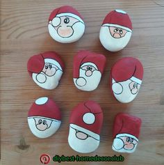Fun and Easy DIY Christmas Crafts for Kids to Make – Painted Rocks Christmas Pebble Art, Christmas Rock, Christmas Crafts For Kids, Holiday Crafts, Christmas Decorations, Christmas Ornaments, Xmas, Stone Crafts, Rock Crafts