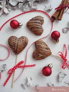 Narancsos-marcipános puszedli   Sütidoboz.hu Gingerbread, Sweets, Christmas Ornaments, Holiday Decor, Baking, Gummi Candy, Ginger Beard, Candy, Christmas Jewelry