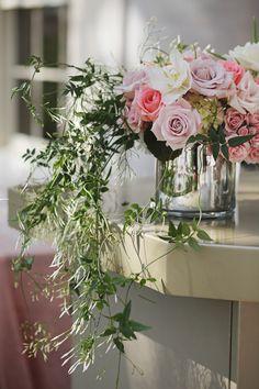 Texas Wedding: An Elegant Estate Soiree - MODwedding