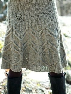 Beautiful cable skirt...got to be on my wishing list