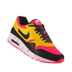 brand new 211a1 b49dd Nike Air Max 1 Hyperfuse iD Mens Shoe