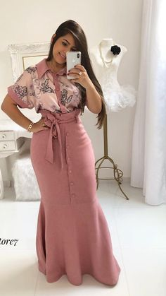 Simple Summer to Spring Outfits to Try in 2019 – Prettyinso Modest Dresses, Modest Outfits, Skirt Outfits, Modest Fashion, Hijab Fashion, Chic Outfits, Casual Dresses, Girl Fashion, Fashion Outfits