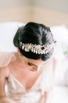 The Best Floral Perfume For Your Bridal Style Wedding Hairstyles For Long Hair, Wedding Hair And Makeup, Hair Makeup, Wedding Braids, Bridal Style, Perfume, Good Things, Pretty, Floral