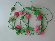 Ghirlanda de trandafiri din hartie -roz Washer Necklace, Crochet Necklace, Jewelry, Creative, Jewlery, Crochet Collar, Jewels, Jewerly, Jewelery