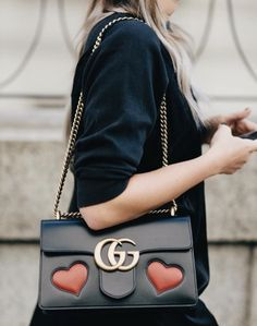 e4bad649b5d8 @avanielsenn Danielle Bernstein, Gucci Gg Bag, Gucci Handbags, Luxury  Handbags,