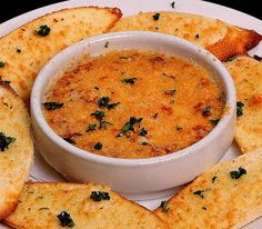 Maryland Crab #Dip | Best #Tailgating #Recipes #Dips #snacks Best game day foods and best game day recipes. #footballparty Football party foods. #47straight