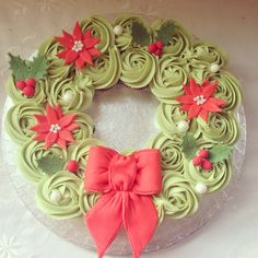 mini cupcake wreath